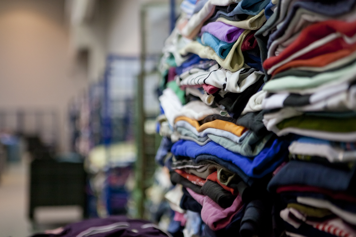 6cb2701e0c081 Recovery and Recycling USED CLOTHING - USED CLOTHES - Shoes Used ...
